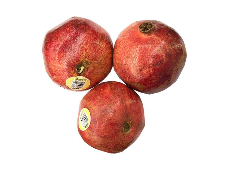 석류 3개